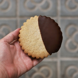 Galleta grande de espelta con chocolate